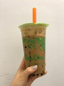 バンコクはプロンポン駅すぐのbaichaのタピオカコーヒー