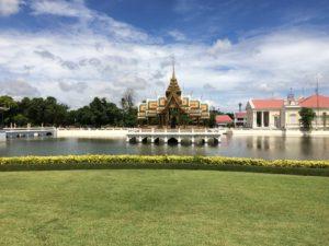 タイ寺院のマナー