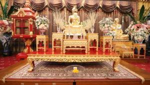 ワット・パクナム3階の仏像