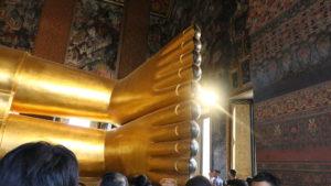 寝釈迦仏の足